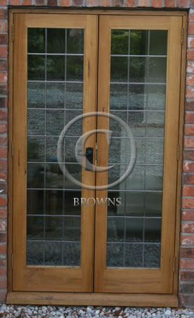 ED10 Oak doors with leaded lights