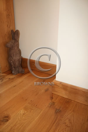 Oak chamfer skirting
